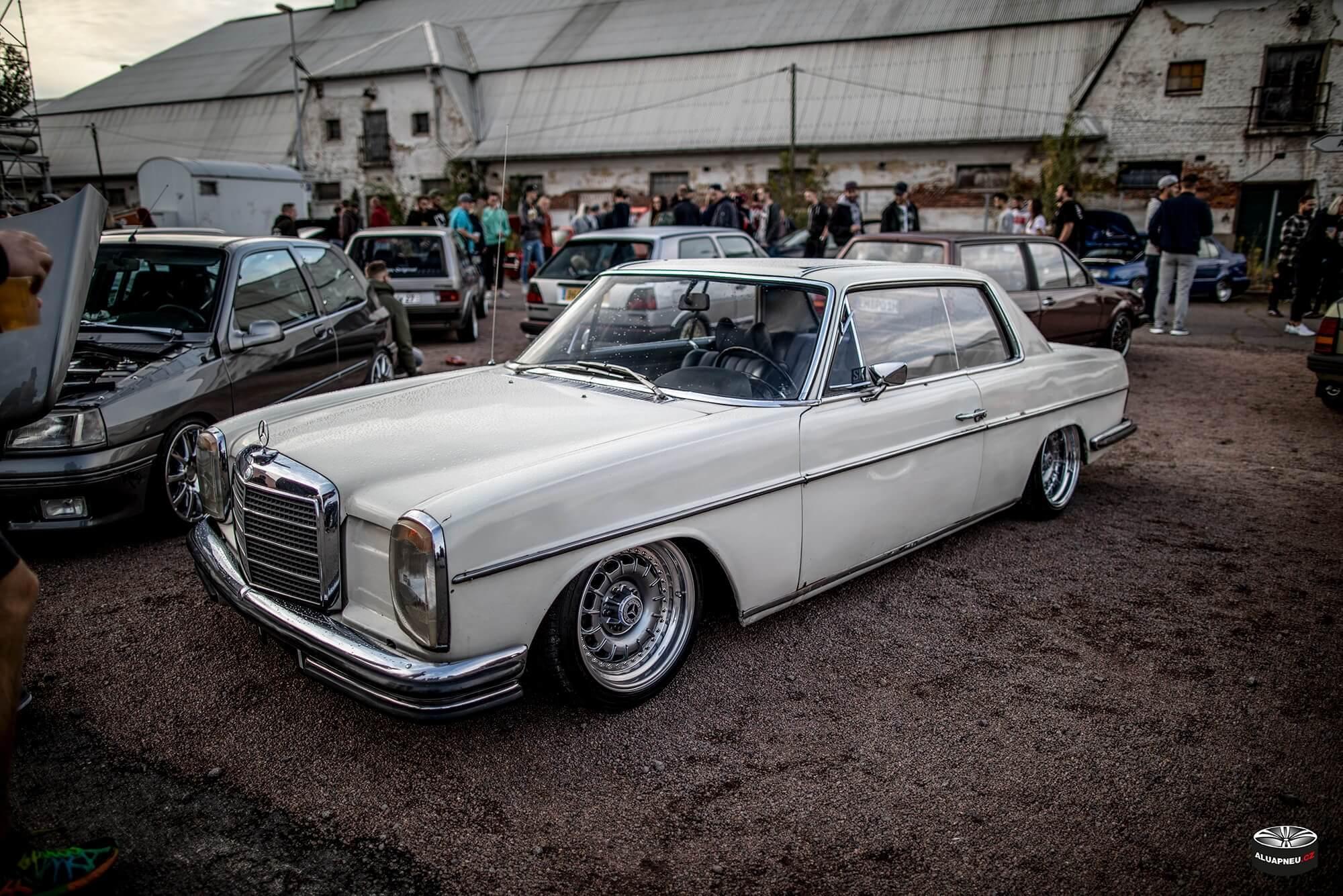 Alu kola Mercedes W115 coupe - XS Classic Carnight 5.0 - Drážďany tuning sraz 2019 - www.aluapneu.cz