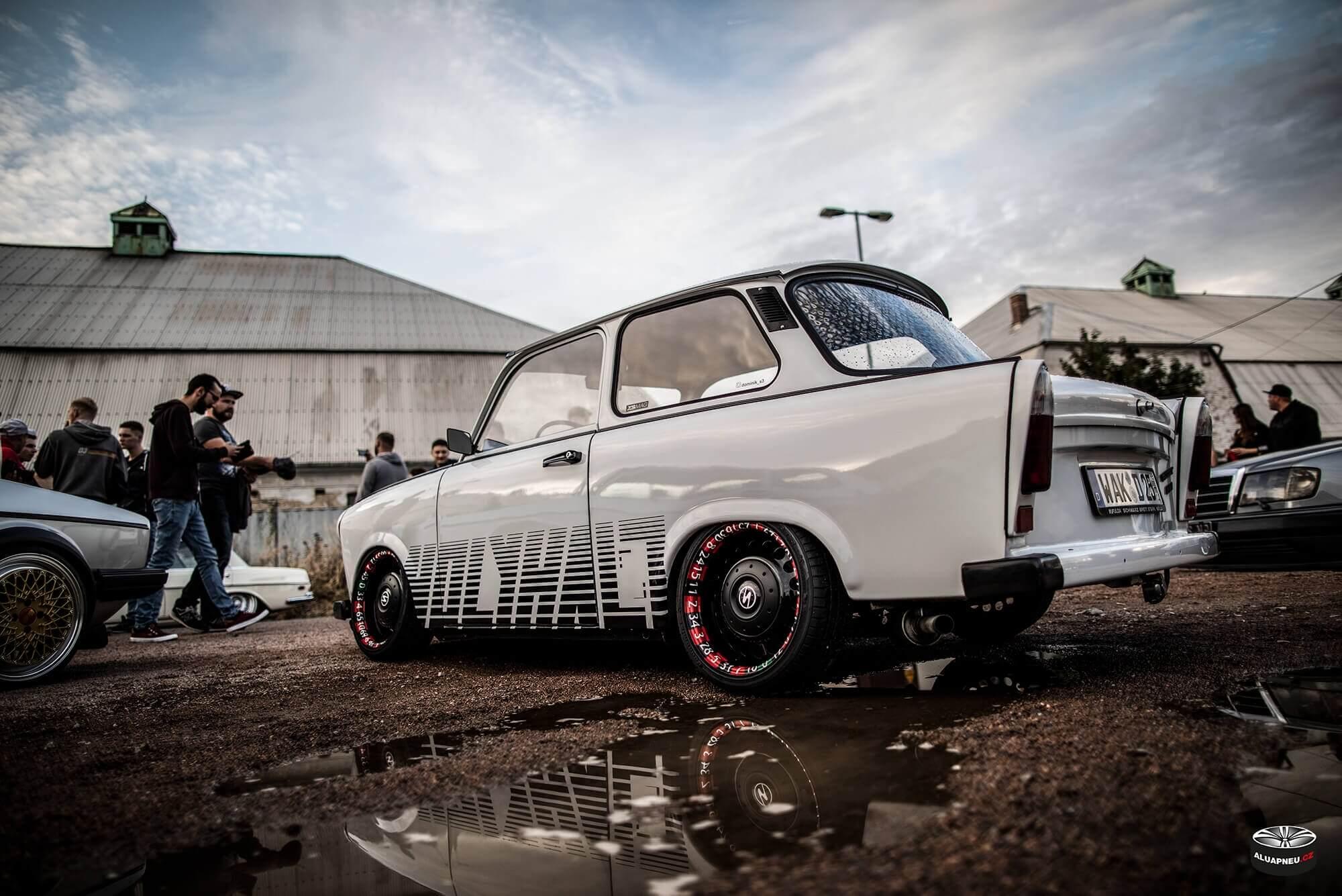 Trabant 601 - roulette wheels - alu kola - XS Classic Carnight 5.0 - Drážďany tuning sraz 2019 - www.aluapneu.cz