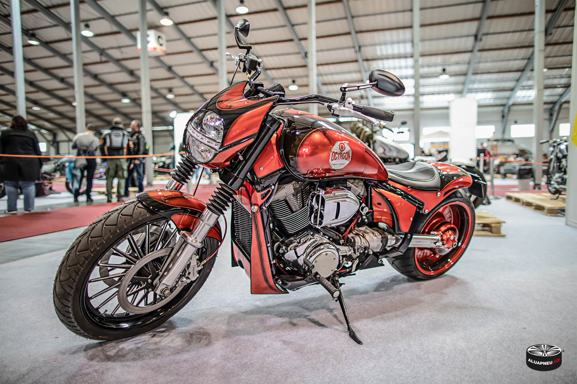 Motocykl Octagon - Autosalon Praha 2019 - www.aluapneu.cz