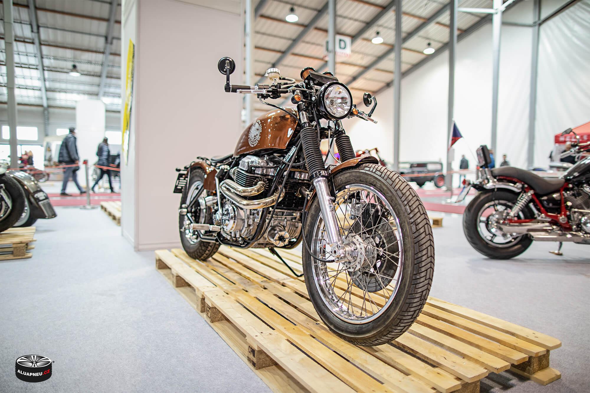 Moto - Autosalon Praha 2019 - www.aluapneu.cz