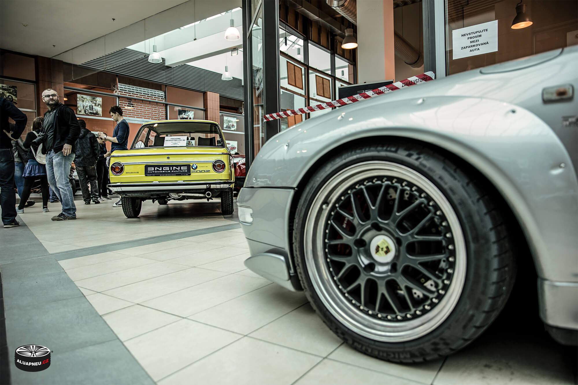 Černá alukola s leštěnými límci - Porsche - Youngtimer - www.aluapneu.cz