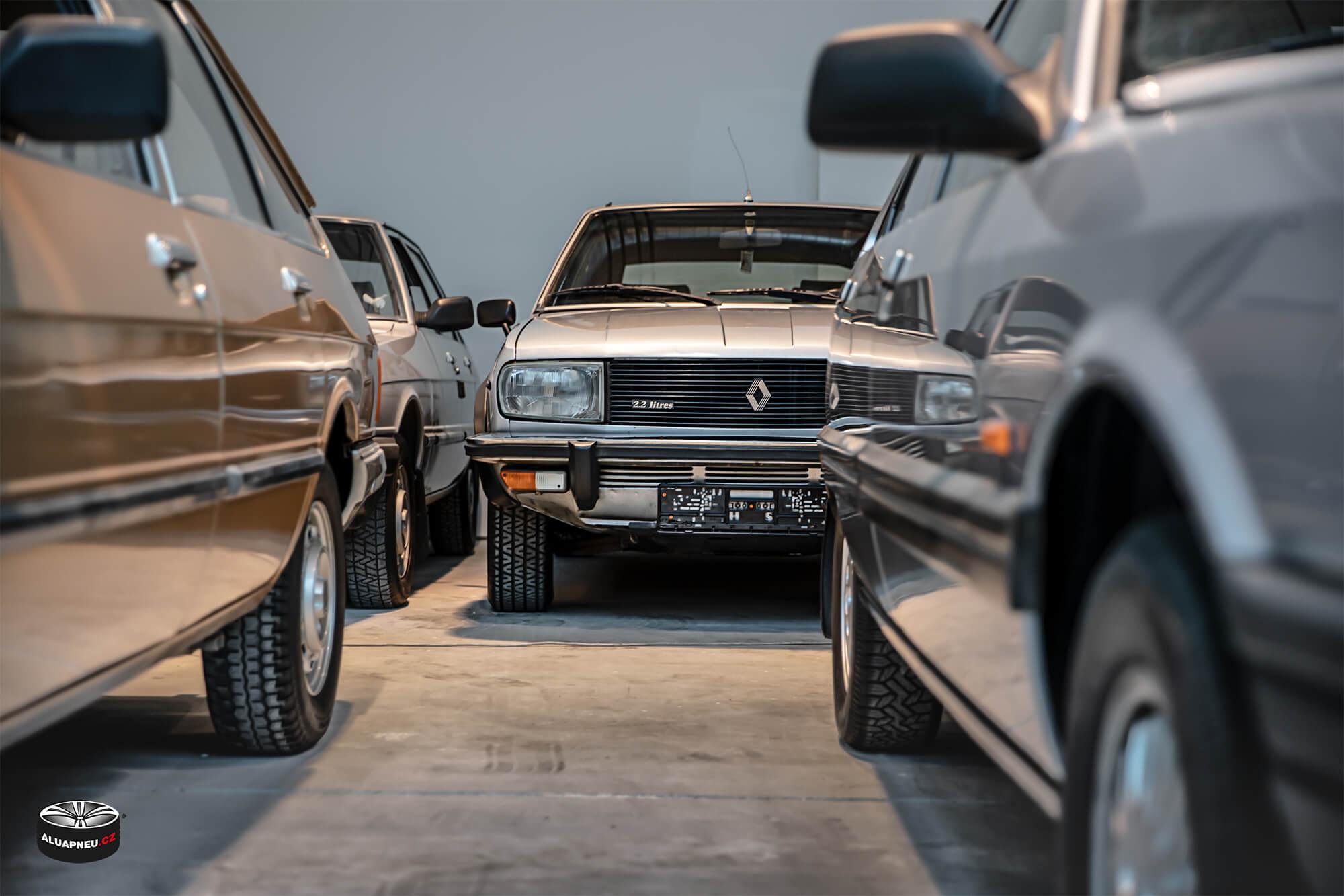 Renault retro - Youngtimer - www.aluapneu.cz