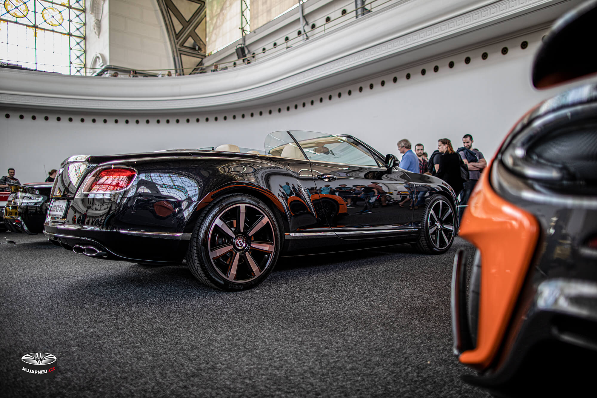 Originální alu kola Bentley Continental - Automobilové Legendy 2019 - www.aluapneu.cz