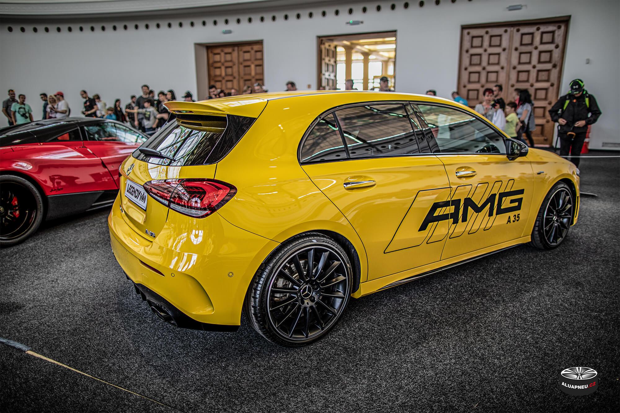 Originální černá alu kola Mercedes A45 Amg - Automobilové Legendy 2019 - www.aluapneu.cz