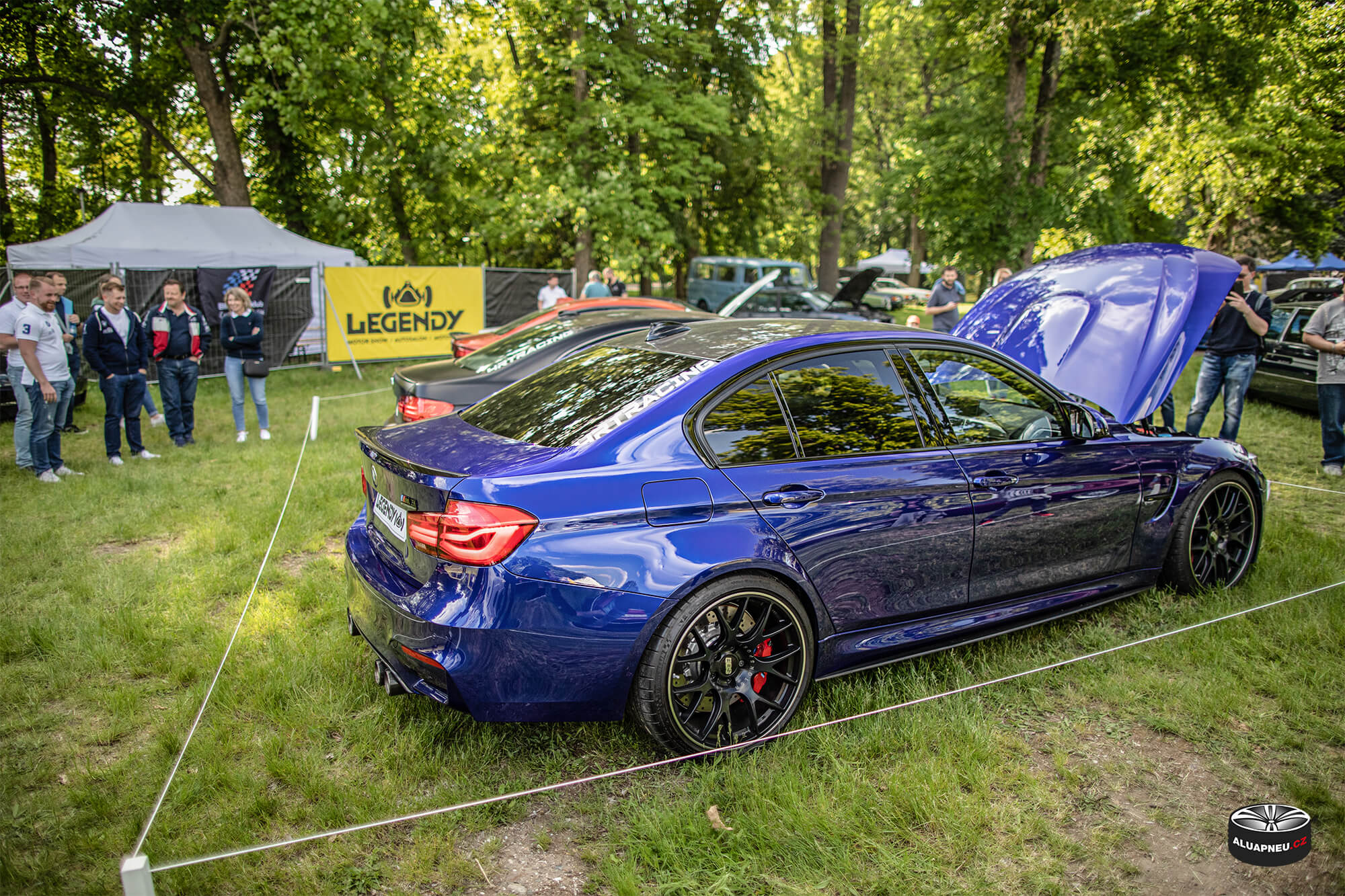 Černá alu kola Bmw 3 - elektrony BBS - Automobilové Legendy 2019 - www.aluapneu.cz