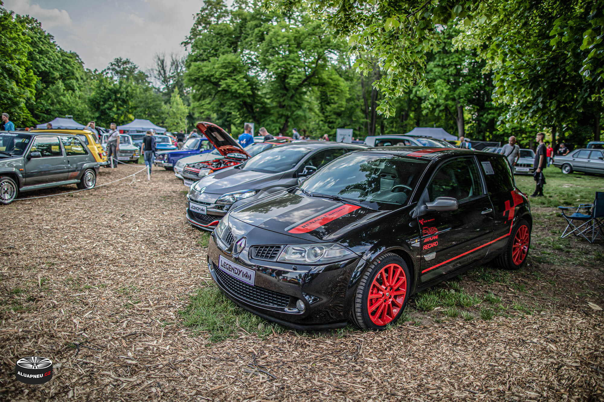 Rudá alu kola Renault Megane Rs  - Automobilové Legendy 2019 - www.aluapneu.cz