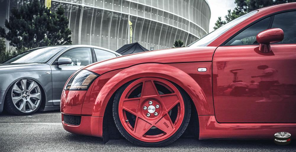 Červená Alu kola Audi