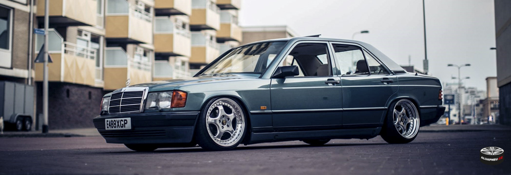 Alu kola Mercedes