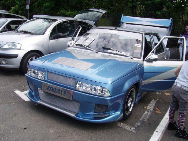 Renault 9 Tuzing