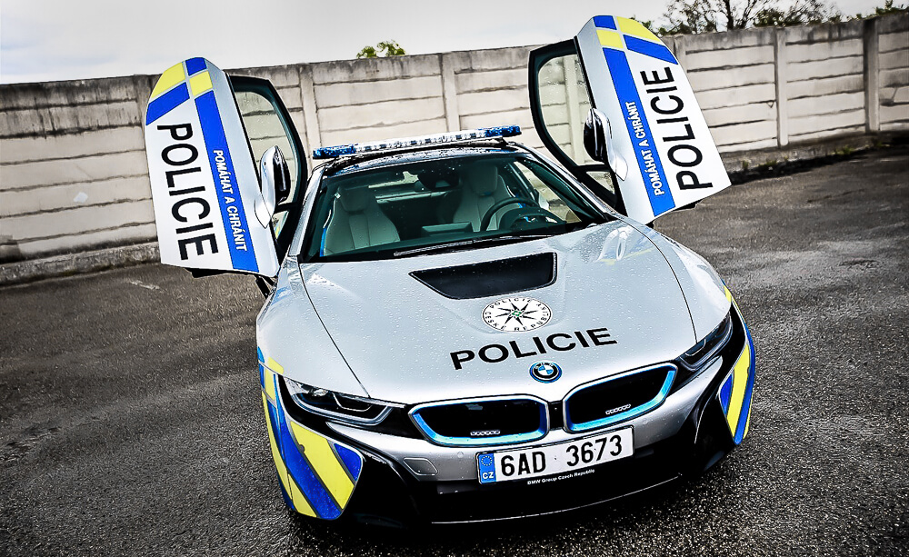 Supersport Bmw I8 Policie
