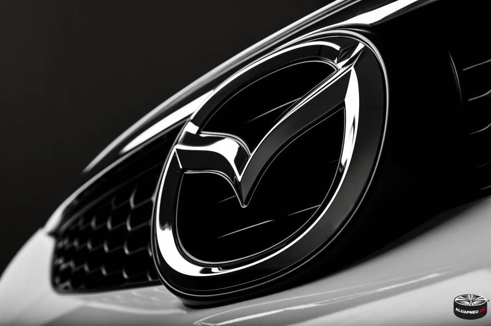 Alu kola Mazda