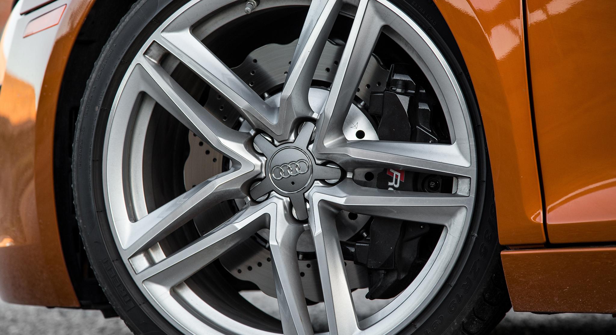 Elektrony Audi