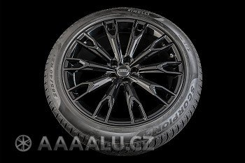 Originální alu kola Audi Sq7 0077 + Pirelli